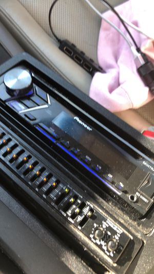 Pioneer Headunit and Kenwood Equalizer for Car for Sale in Falls Church, VA