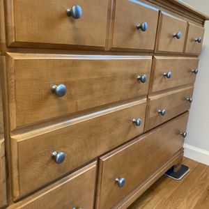 Solid Wood Queen Bedroom Set for Sale in Seattle, WA