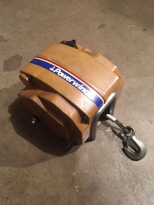 Winch by Powerwinch for Sale in Naperville, IL