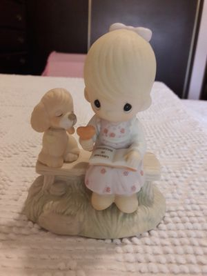 Precious Moments figurine for Sale in St. Louis, MO