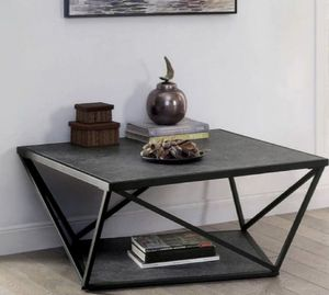 Square Coffee Table in Gray for Sale in West Covina, CA