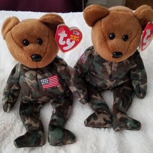 Beanie Babies TY Original HERO 2 BOTH for 21.00 for Sale in Coronado, CA