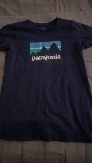 Patagonia shirt small for Sale in Sunland-Tujunga, CA