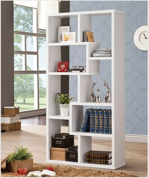 Casual White Finish Bookcase Display Cabinet for Sale in Temecula, CA