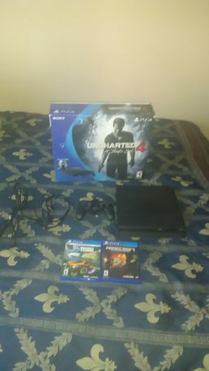 Uncharted 4 ps4 slim, plus 2 games for Sale in Sun City, AZ