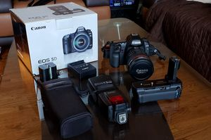 Canon EOS 5D Mark II Full Frame DSLR Camera with many extras for Sale in Edison, NJ