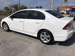 2011 Honda Civic ( venta privada) for Sale in Miami Gardens, FL