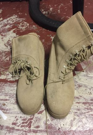 Set of NEW &UNUSED insulated military boots size 12.5 USA for Sale in Lakeland, FL