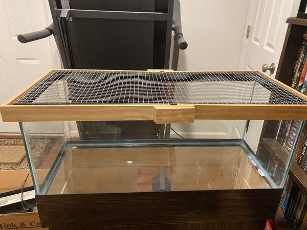 20 Gallon Aquarium Setup/ Hamster tank (tank, stand, light)