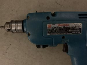 Makita power cordless drill w/charger and battery (but) for Sale in Riverwoods, IL