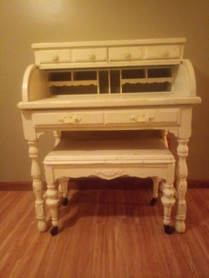 French inspired roll top desk for Sale in Columbus, OH