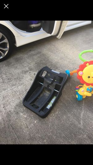 Safety first car seat base for Sale in undefined