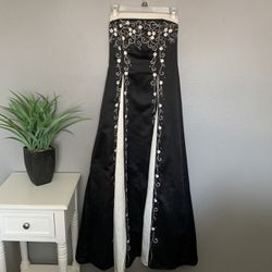 Black And White Prom Dress for Sale in Denver,  CO