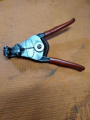 Snap on blue point mac matco Cornwell wire strippers pliers automatic for Sale in Baytown, TX