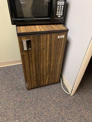 Mini Fridge - Cold Refrigerator with Freezer section for Sale in Philadelphia, PA
