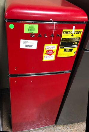 Galanz Top Freezer Refrigerator Model:GLR46TRDER C1 for Sale in Houston, TX