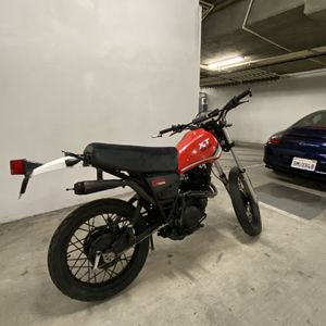 1982 Yamaha XT550 - For Trade for Sale in Los Angeles, CA