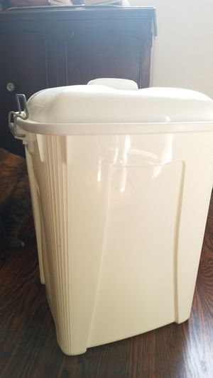 Cloth Diaper Pail for Sale in St. Louis, MO
