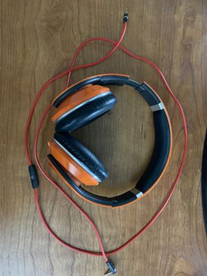 STUDIO BEATS. BY DR DRE for Sale in Hayward, CA