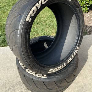Toyo R888R Proxes 325/30/20 X2 for Sale in Huntington Beach, CA