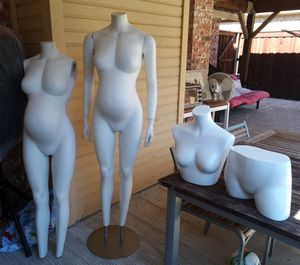 Maniquis (4) for Sale in Frisco, TX