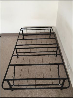 Foldable twin size mattress frame for Sale in San Mateo, CA