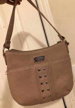 This is a Nine West purse for Sale in La Vergne, TN