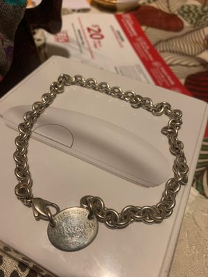 Tiffany&co necklace with pendant for Sale in Homestead, FL