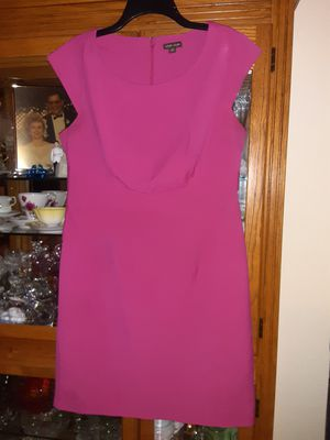VIOR VIOR sz 16 Fitted Pink Dress for Sale in Bakersfield, CA