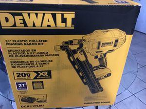 DeWALT 20 V Framing nail gun for Sale in Sebring, FL