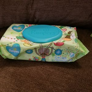 Pampers wipes 72 count. $2 each for Sale in Yonkers, NY