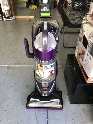 Bissell vacuum 2 in 1 pet inspired for Sale in Las Vegas, NV