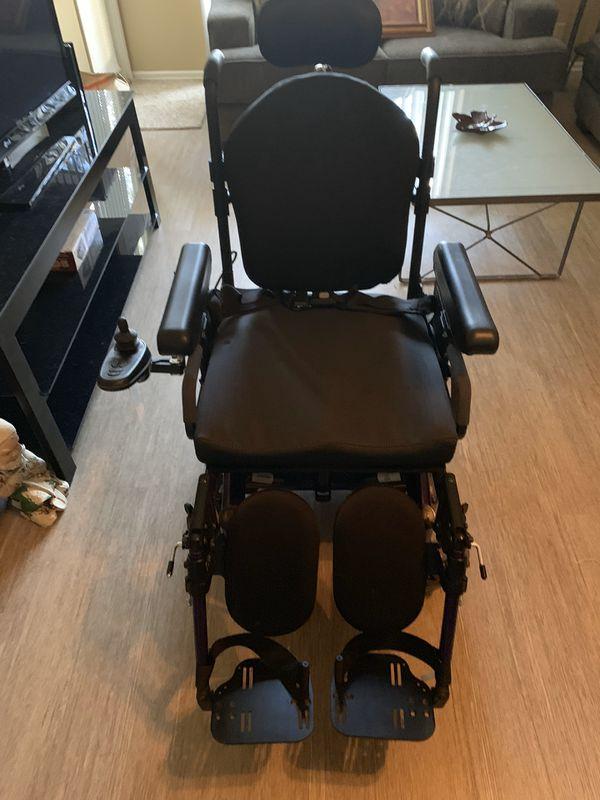 Quickie S636 Power Wheelchair $4,000