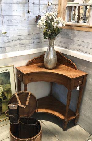 Vintage Lane Corner Table for Sale in Longmont, CO
