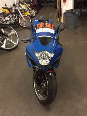 2006 GSXR 1000. Fast Bike. for Sale in Levittown, PA