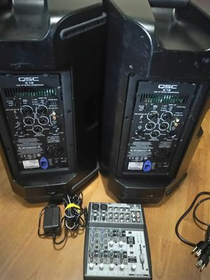 Vendo QSC K12 1 kw 75 ACTIVE LOUDSPEKER de 1000 watts cada uno,con un mixer behringer, todo funciona bien lo puede probarlo for Sale in Palm Springs, FL