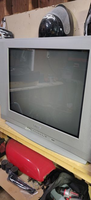 """Sanyo 24"""" TV with remote for Sale in Lexington, KY"""