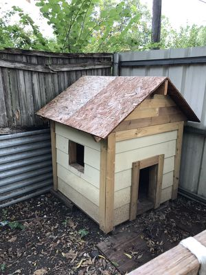 Dog house for Sale in Dallas, TX