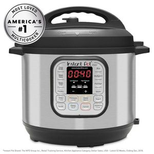 Instant Pot Duo 6qt 7-in-1 Pressure Cooker for Sale in Federal Way, WA