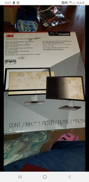 New 23inch privacy screen for Sale in Racine, OH