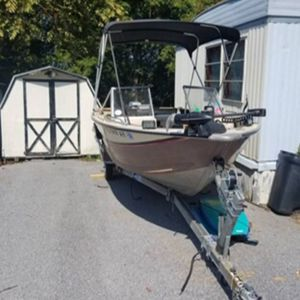 Sea nymph 16' aluminum boat for Sale in Oxford, PA