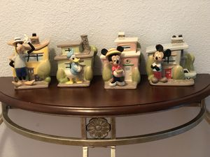 VINTAGE DISNEY KITCHEN CANISTER SET URBAN HOUSE TOONTOWN -MICKEY, MINNIE, GOOFY& DONALD for Sale in Diamond Bar, CA