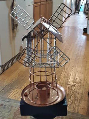 Windmill Birdfeeder. for Sale in Palmyra, VA