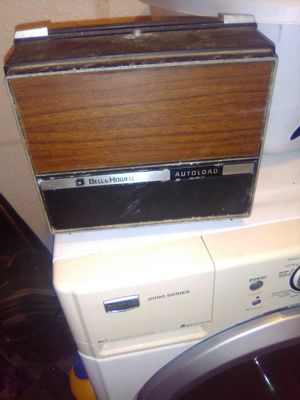 BELLE AND HOWELL AUTOLOAD PROJECTOR for Sale in Marshall, TX