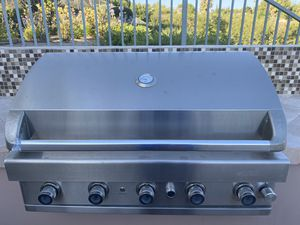 Gas BBQ Grill for Sale in Canoga Park, CA