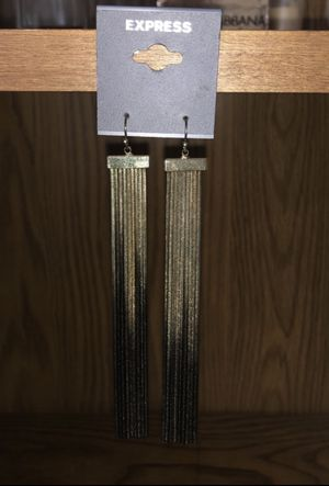 Metallic Wide Ombre Chain Fringe Earrings for Sale in Columbia, MO