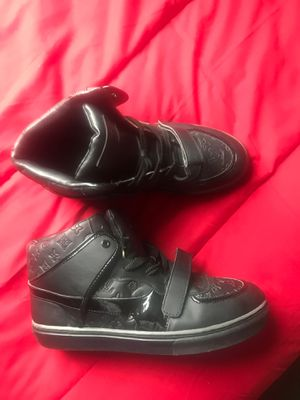 Authentic Louis Vuitton sneakers tennis shoes for Sale in Bremerton, WA