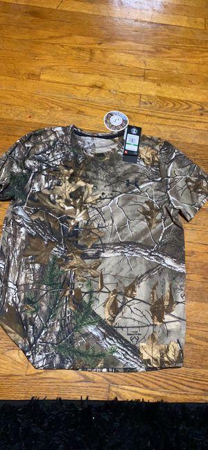 Under armour camo shirt for Sale in Massapequa, NY