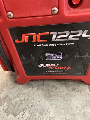 JNC 12/24 Volts Jumper Box for Sale in Houston, TX
