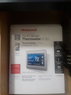 Honeywell WI-FI Smart thermostat for Sale in North Highlands, CA